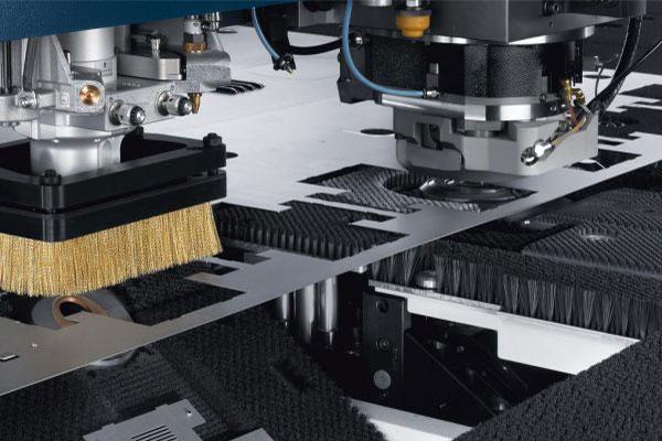 پانچ و لیزر فلز ترومپف مدل TruMatic 6000