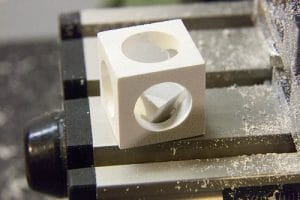 یک قطعه را از ابتدا تا انتها با دستگاه سی ان سی بسازید